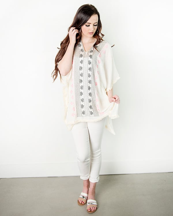 This pretty poncho is perfect for summer and under $10! Poncho|Summer Fashion|50% Off