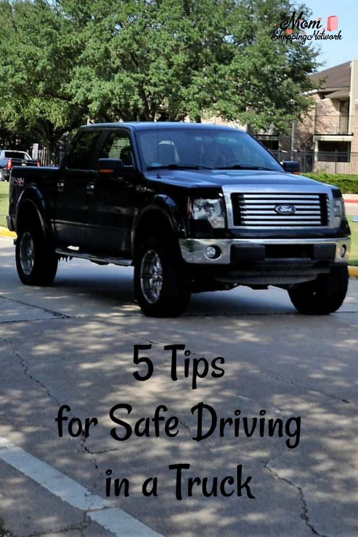 These are the best tips for safe driving in a truck! Truck|truck safety|safe driving|driver safety|safety tips|driving tips