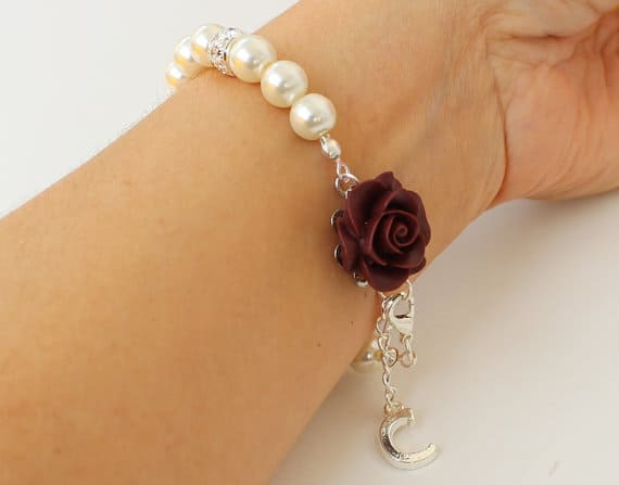 Personalized Pearl Bracelet with Rose #personalizedjewelry