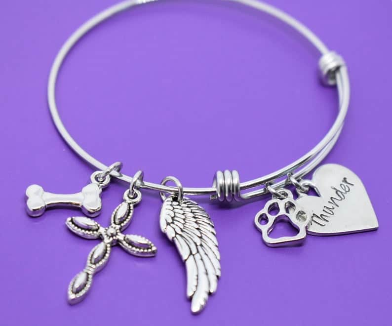 Pet Name Memorial Bracelets  #petjewelry #pets