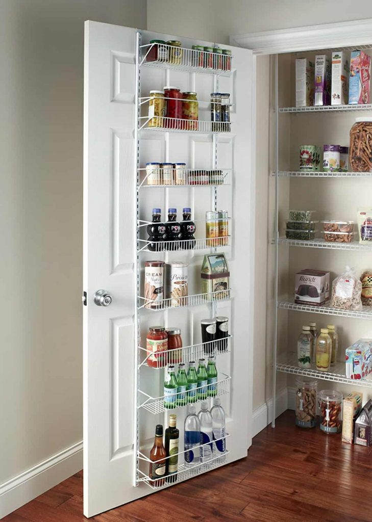 You won't want to miss these hacks to help you organize your pantry, they're the best! #pantry #pantryorganization