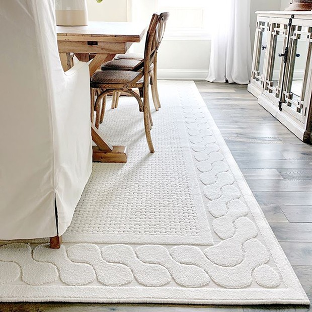 White Area Rug #arearug #bedroomdecor #momshoppingnetwork