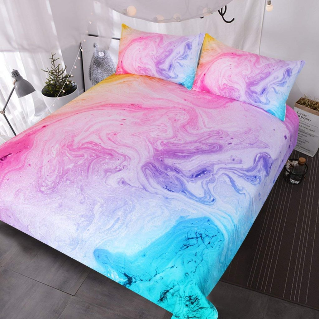 Teen Girl Bedding #bedroomdecor #teengirlbedroomdecorideas